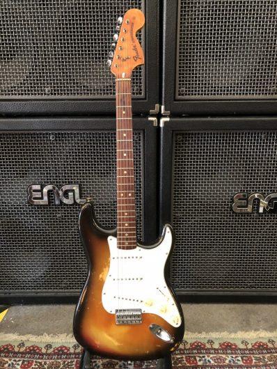 Fender 74er Hardtail Stratocaster, modifiziert