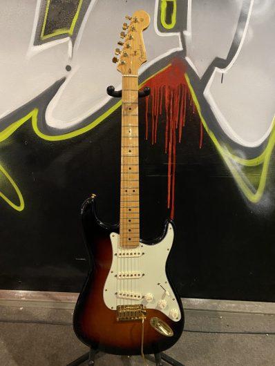 Fender American Standard Strat, upgraded
